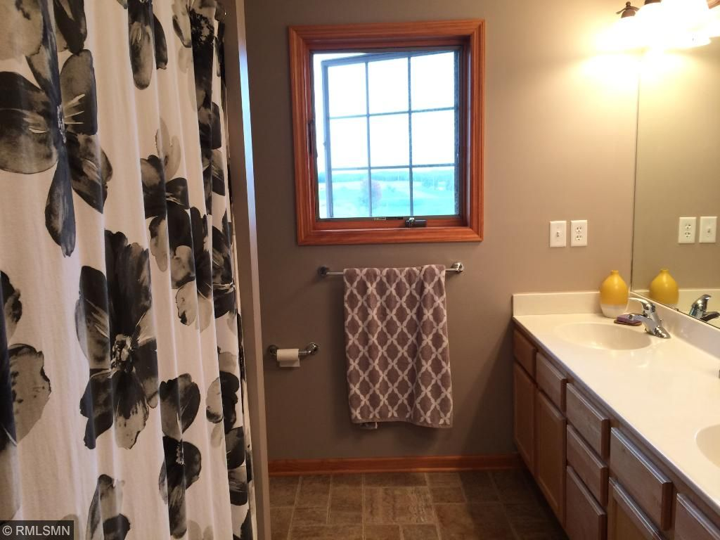Upstairs Full Bath With Dual Sinks