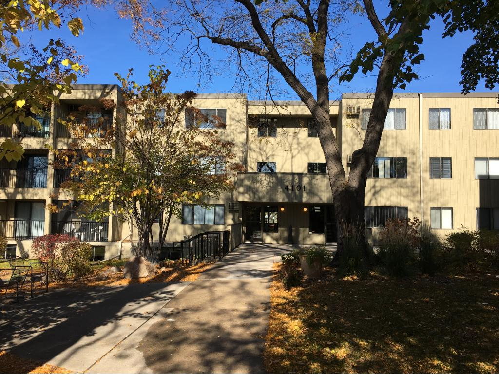 Great location! On the bus line or walk to the shops and restaurants on France Avenue and Southdale!