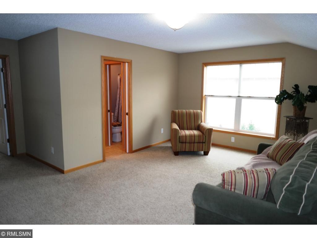 Upper level loft/game or toy room/family room!!