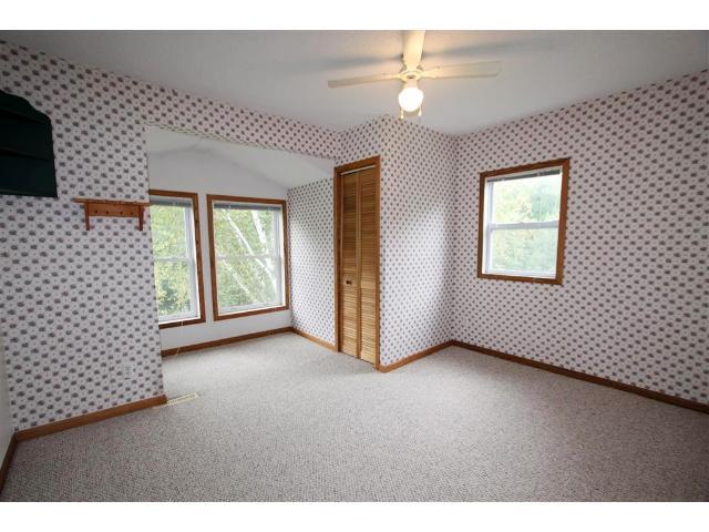 Second upper level bedroom.
