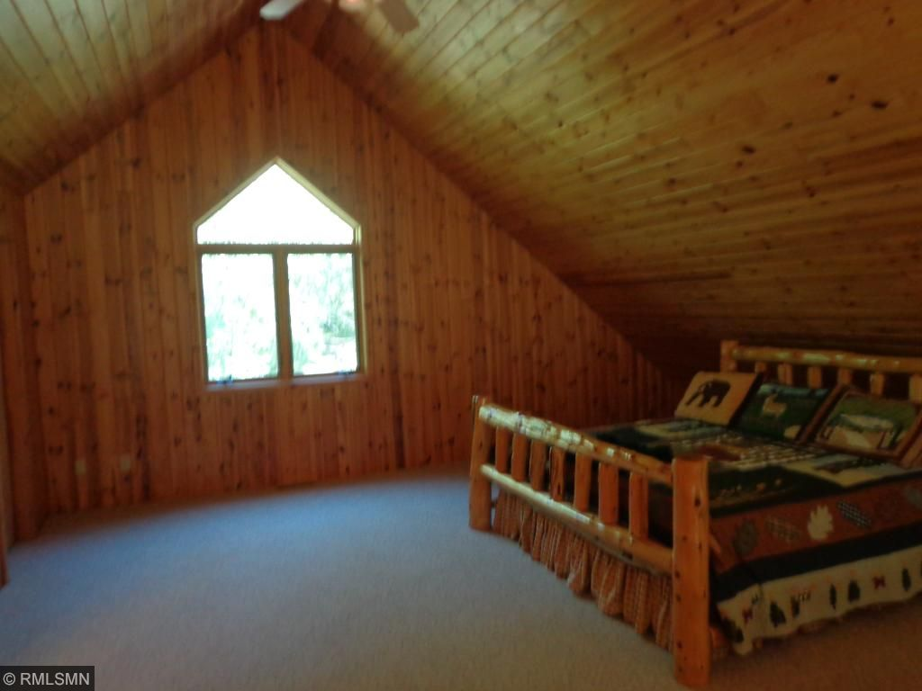 Bedroom up in the loft