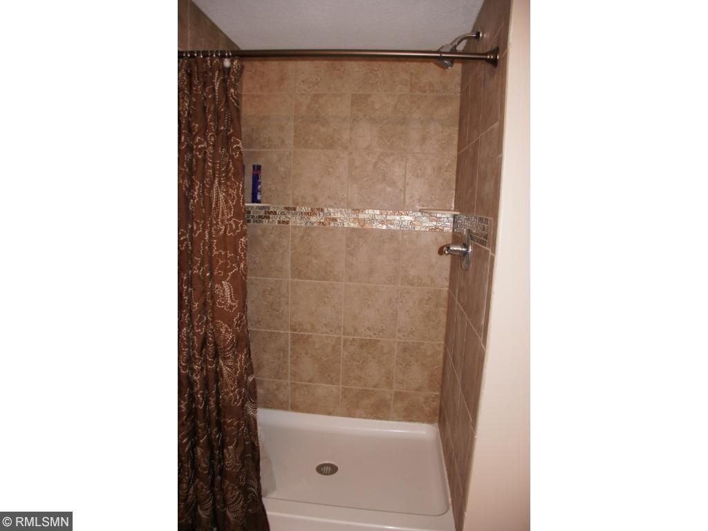 LL 3/4 bath with new tile shower