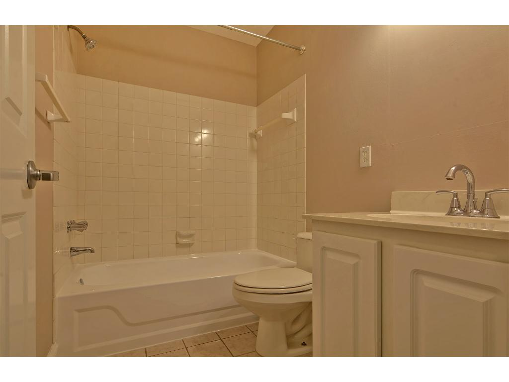 Upper level full-bath.