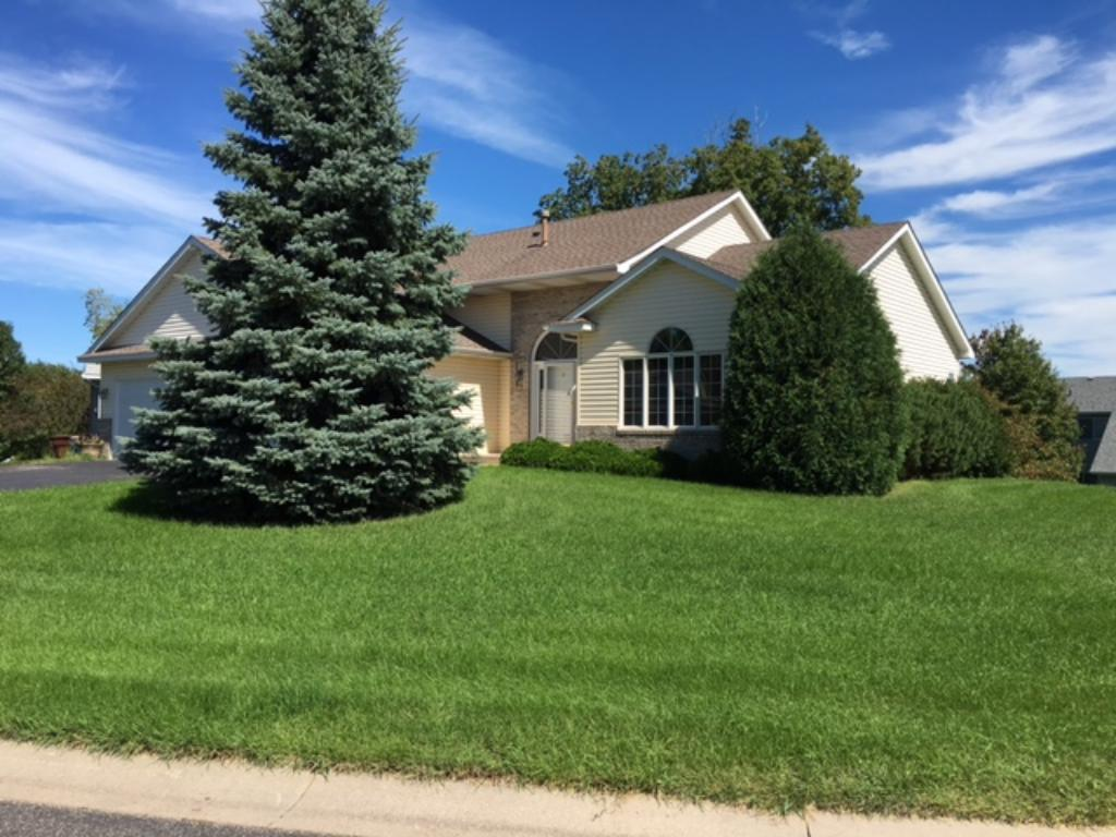 Great 4 Bedroom home ready for you!