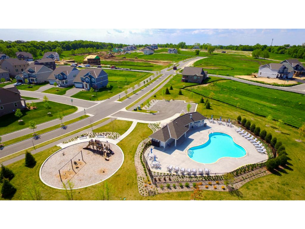 The neighborhood features both a pool and park!