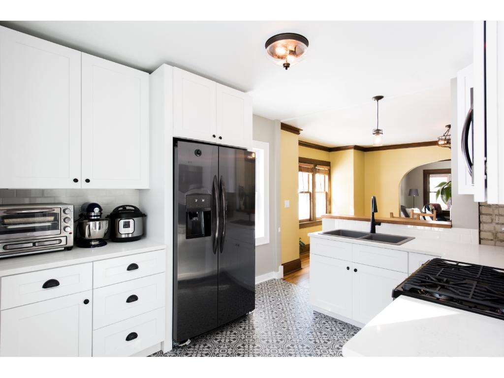 468 Brimhall Street, Saint Paul, MN 55105 | MLS: 4942587 | Edina Realty