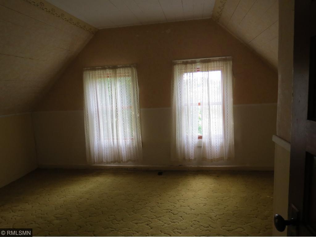 Bedroom-Upstairs