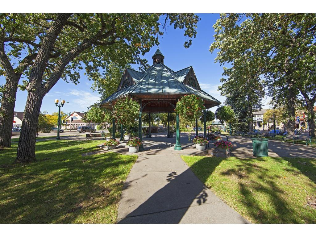 Convenient, walkable access to downtown White Bear Lake favorites including Cup and Cone, Ingredients, and Pezzos Pizza.