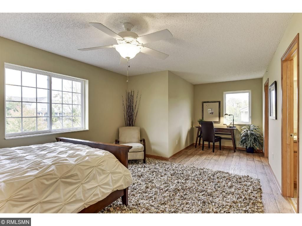 Spacious Master Bedroom,Study area,& Master bath Walkthru!