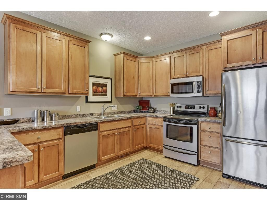 Newer Kitchen Counter Tops and tons of Kitchen Prep space & Storage