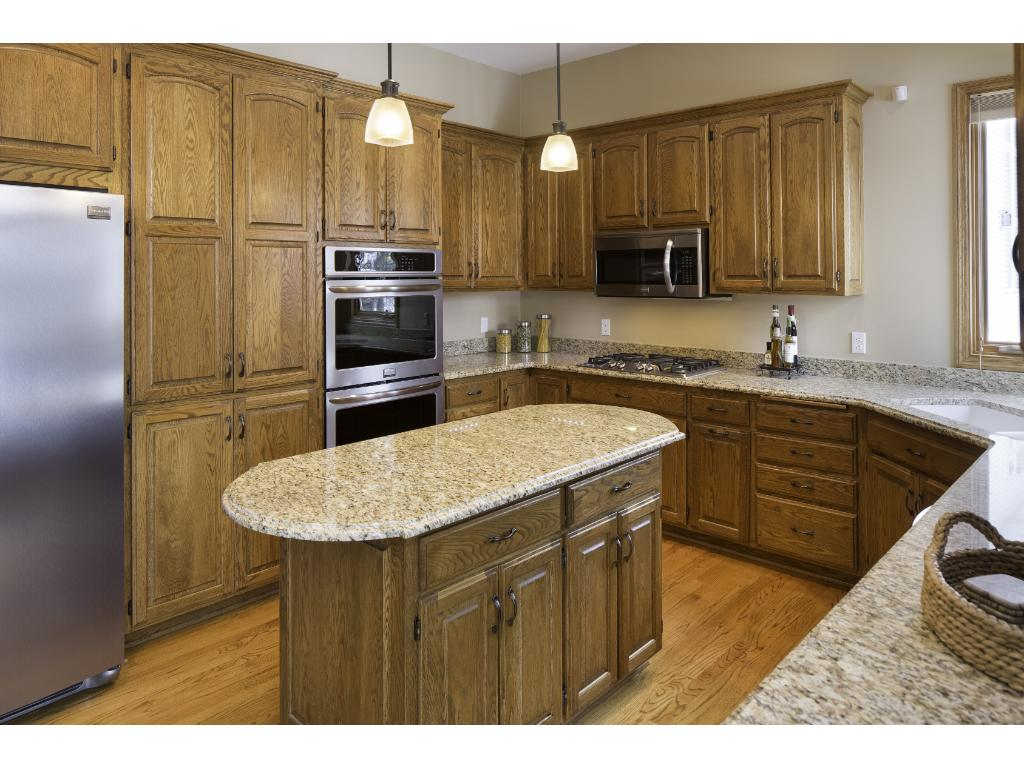 islands for your kitchen 4857 four seasons drive eagan mn 55122 mls 4791025 4857