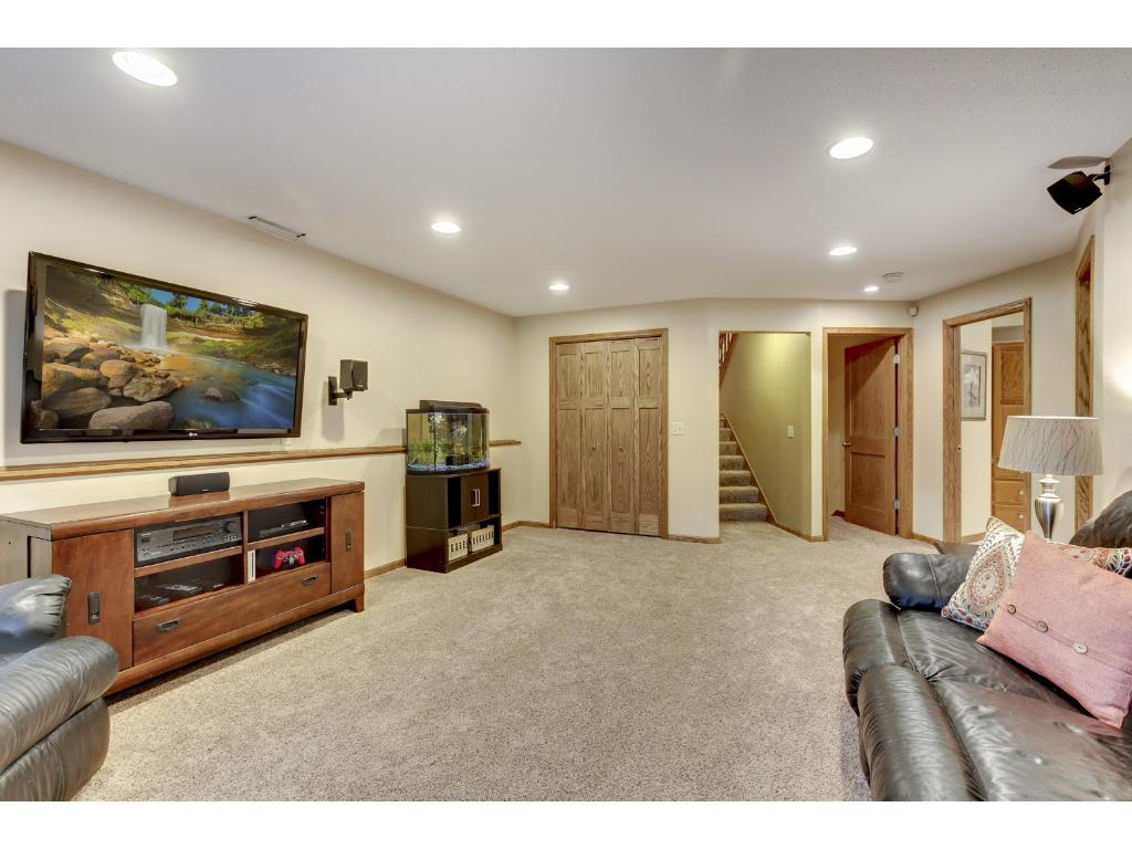 Another view of this great family room area!