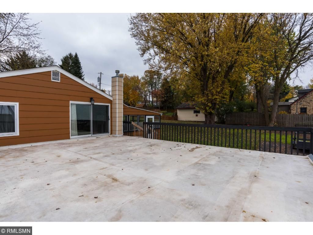 30' x 26' over the garage deck is a perfect summer gathering space.