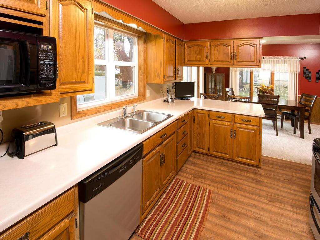 Plenty of counter space, open to your dining room.