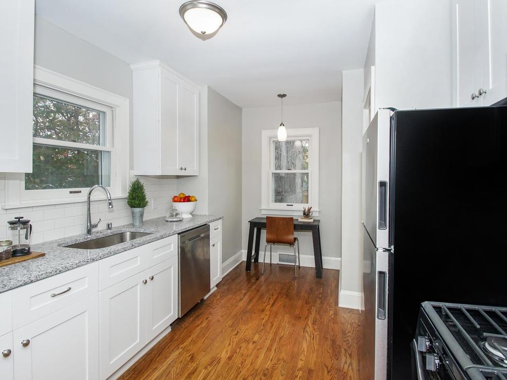 Kitchen has cozy eating nook if desired.Bright and cheery with natural light.