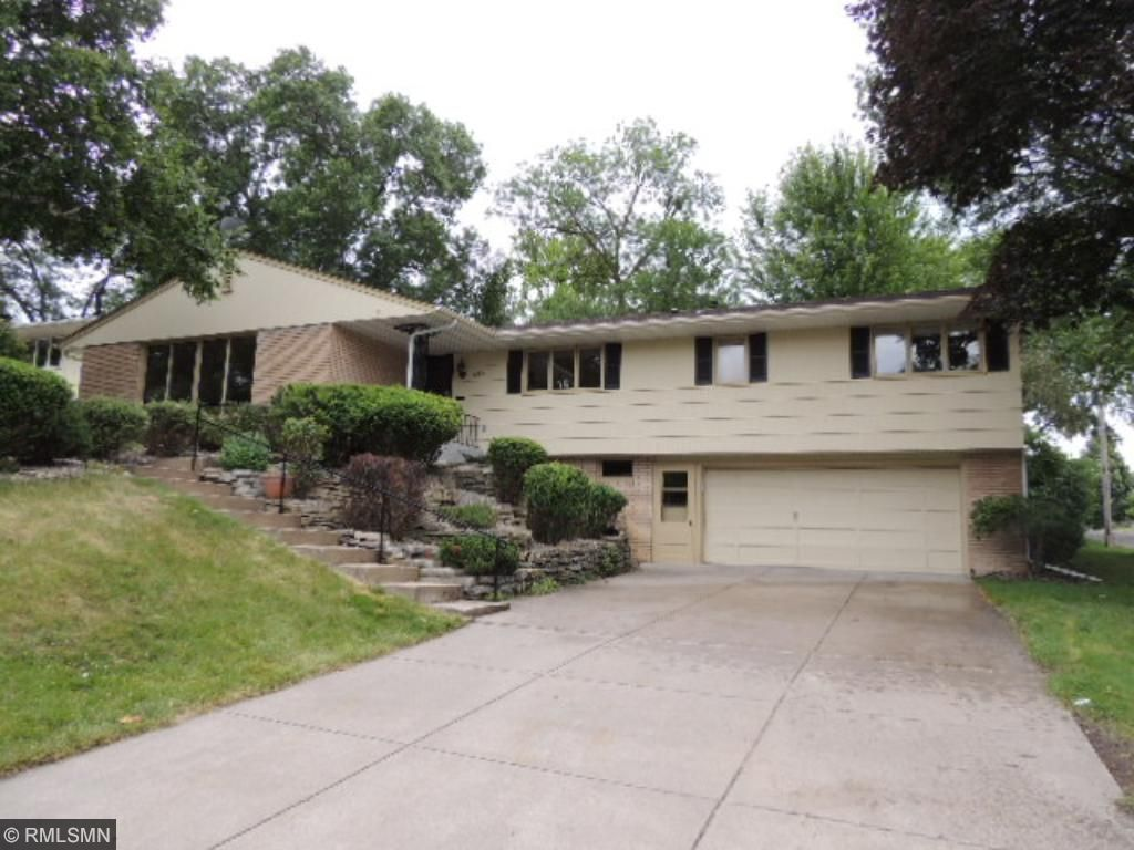 edina chat See details for 5429 12th avenue s, minneapolis, mn, 55417, single family,  ask a question chat with us or call 952928  edina realty, inc is not a multiple.