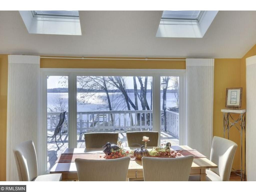 Dine in divine setting!  Lake views from every window provide a wonderful atmosphere for family and guests.