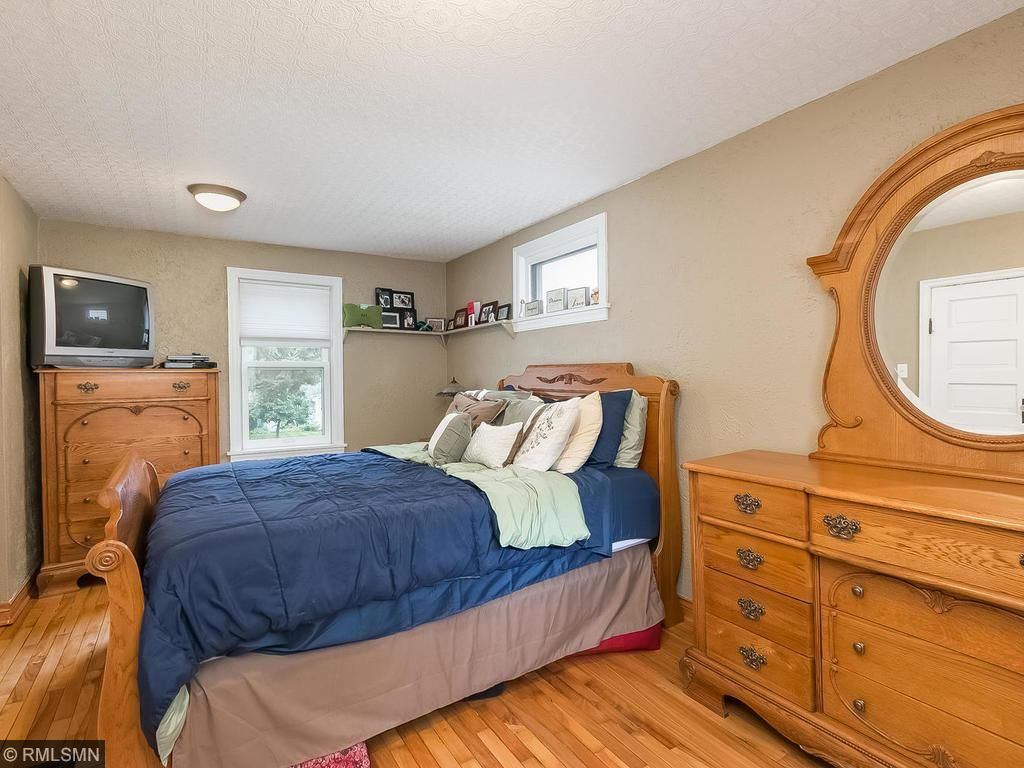 Main floor bedroom with great walk-in closet.  You do not find homes in the area with this much space!