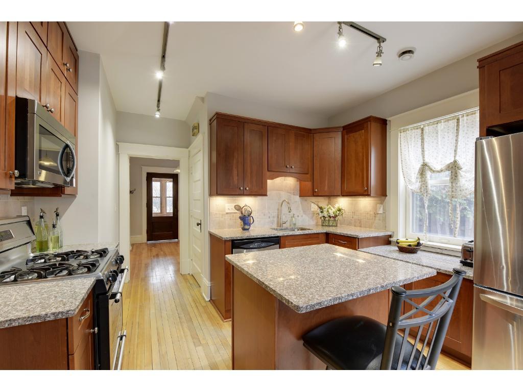 Appliances Minneapolis 5449 2nd Avenue S Minneapolis Mn 55419 Mls 4811030 Edina Realty