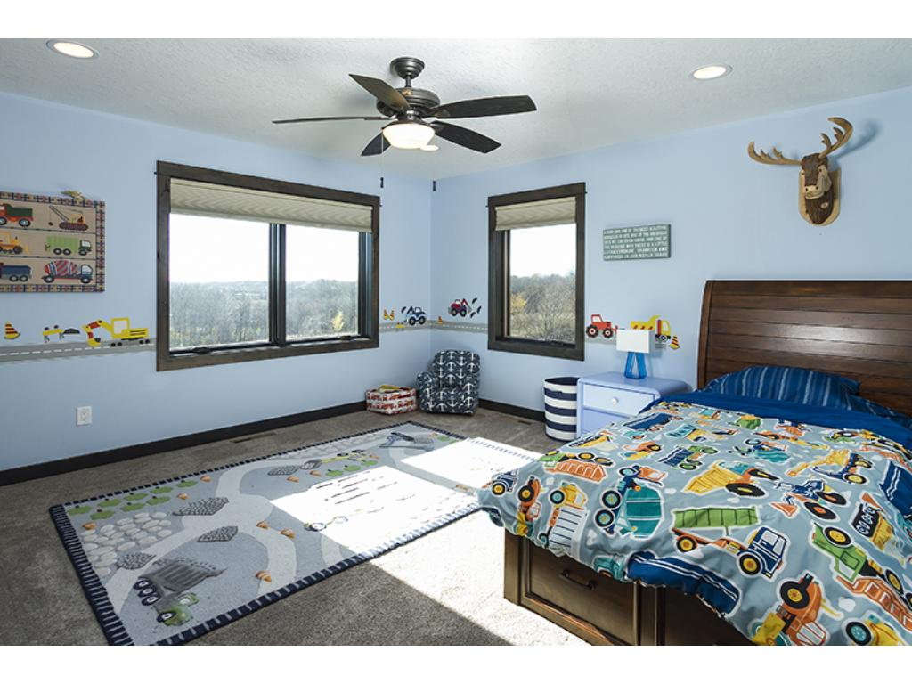 Spacious kids bedrooms they can really grow into