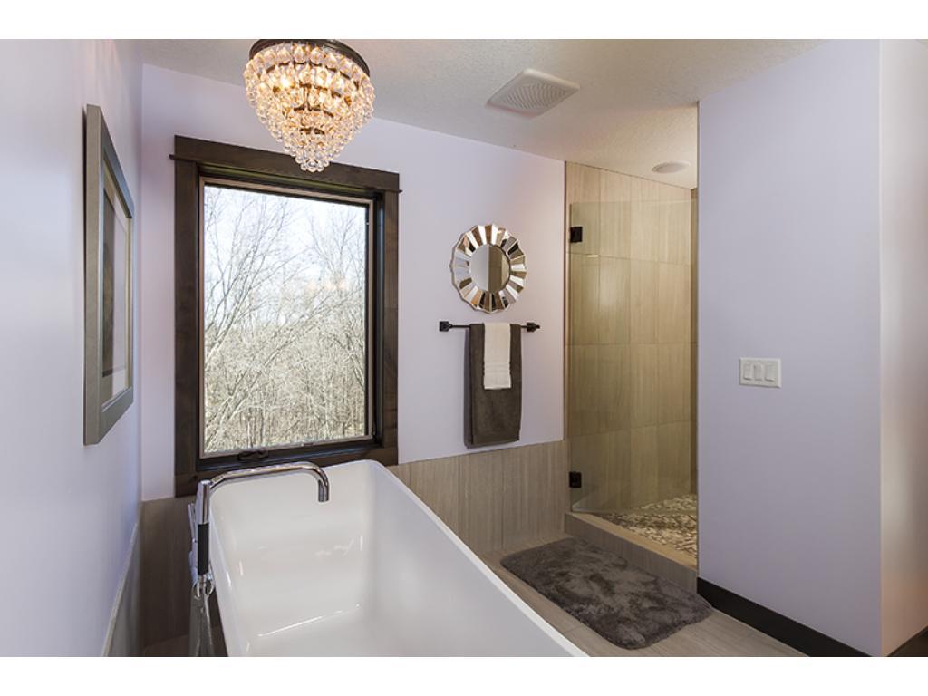 Luxurious soaker tub!