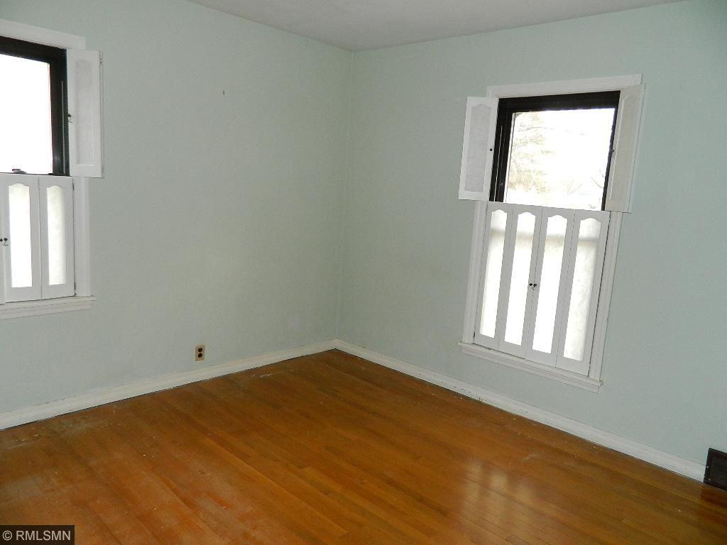 Updated Main floor bath plus 3/4 bath in partial finished basement.