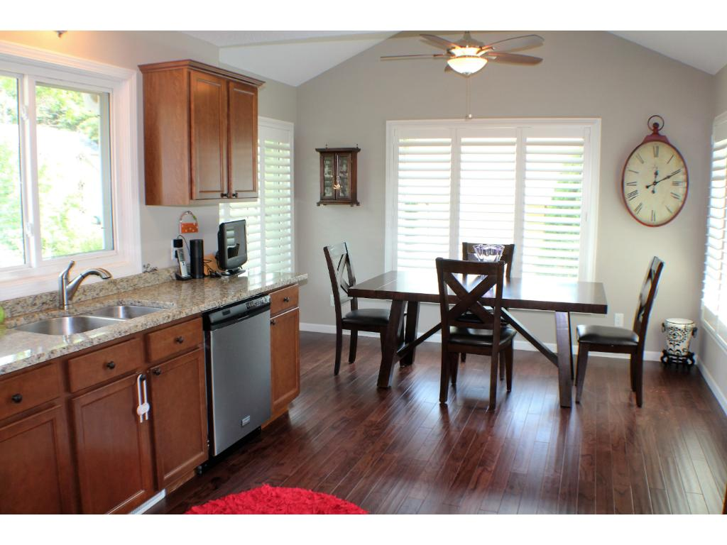 Merveilleux Gorgeous Kitchen Is Big With Updated Cabinets, Granite, Wood Floor, Big  Informal Dining
