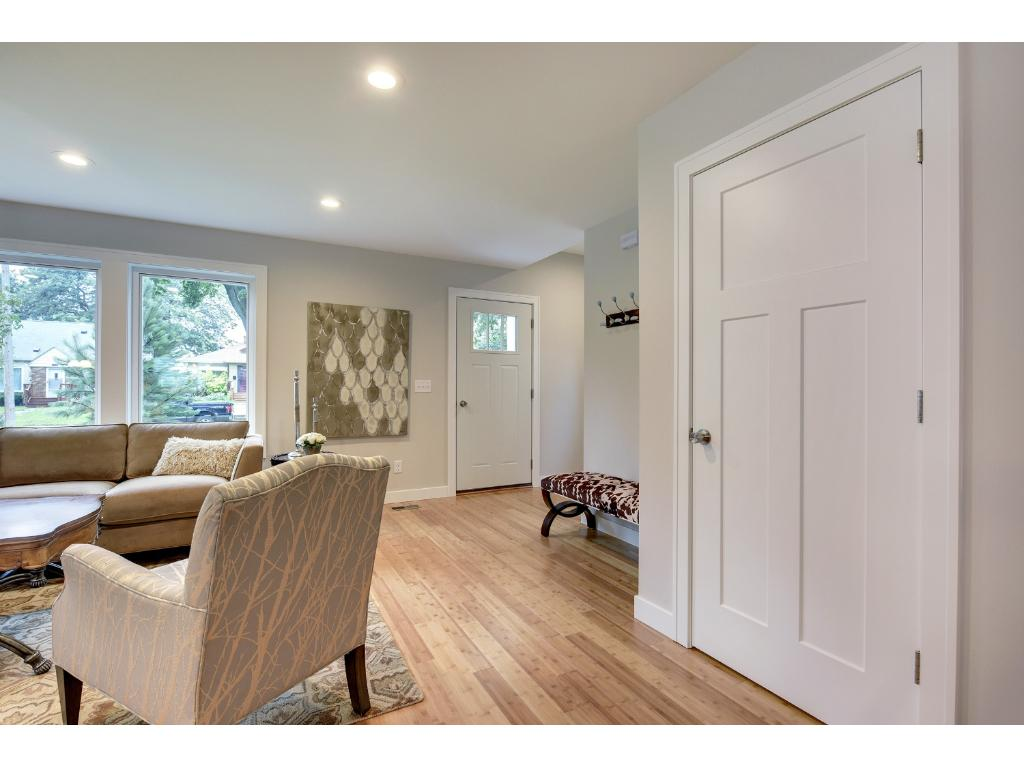 Large front hall entry, foyer and closet.
