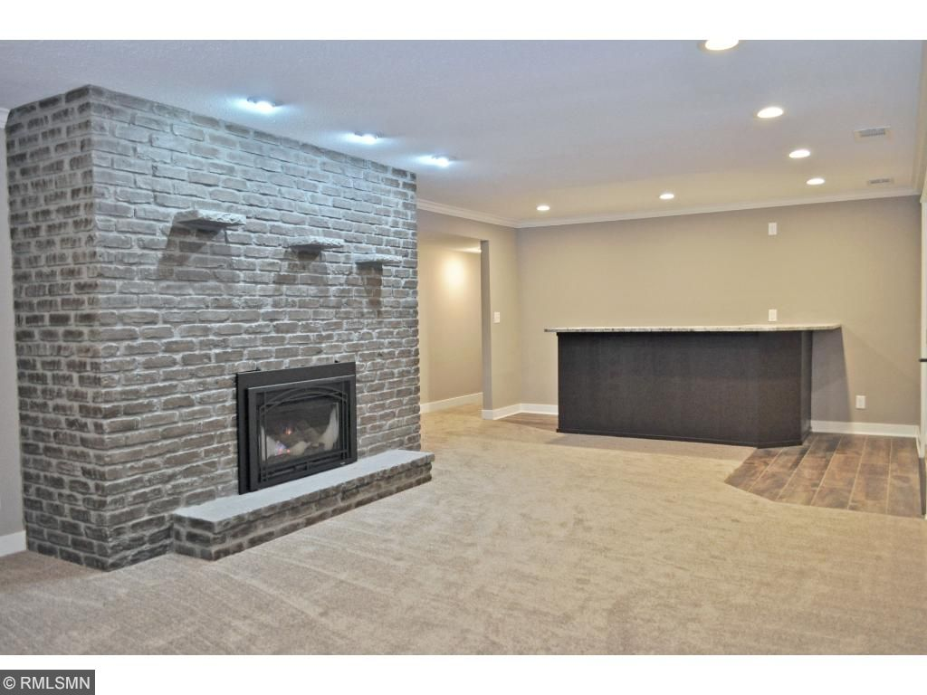 dewey chat rooms Learn more about this single family home located at 37 dewey avenue which has 3 beds,  chat with us now  total rooms finished: 6: exterior features tax year.