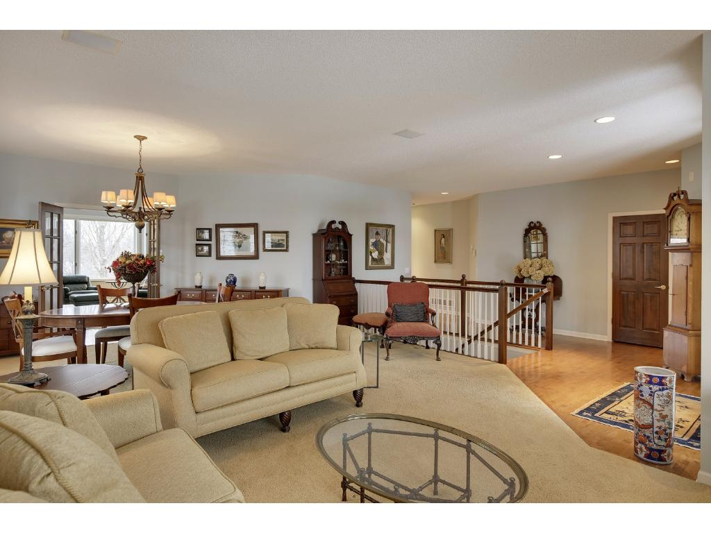 575 Waycliffe Drive N, Wayzata, MN - USA (photo 3)