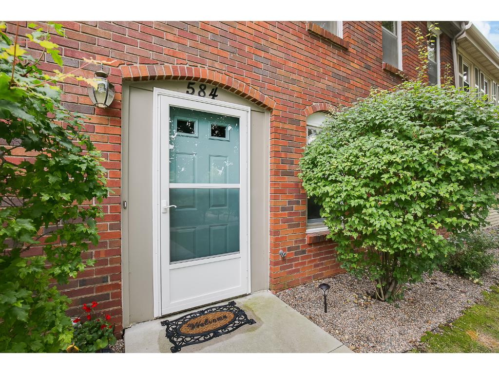 Stunning Mendota Heights town home loaded with upgrades, in highly sought after neighborhood.