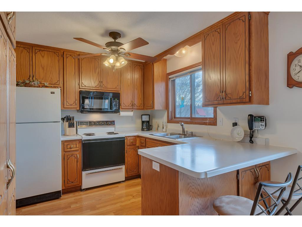 Enjoy the classic u-shaped kitchen which is easy to move around in and has plenty of counter-top space.