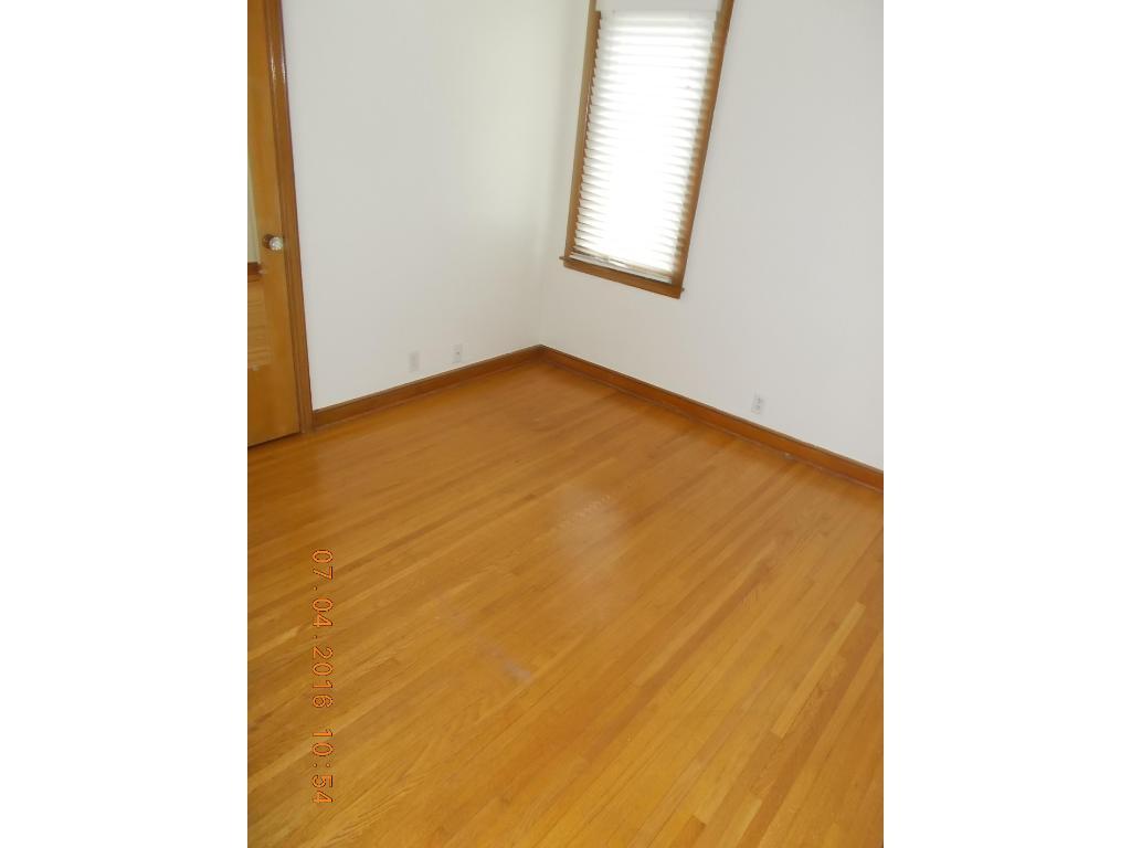 2nd 9 x 11 main floor bedroom