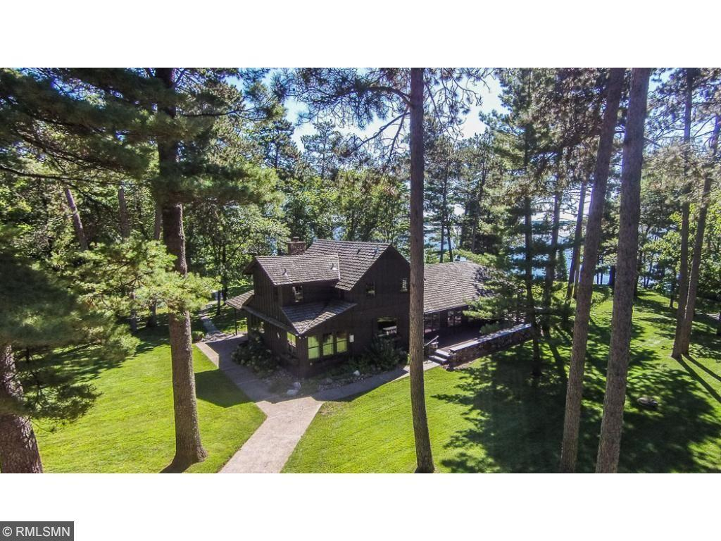 pine river singles Room description river front cabin — accommodates 2 people one room cabin with a queen bed or 2 singles gas fireplace kitchen with stove, fridge and cooking amenities.