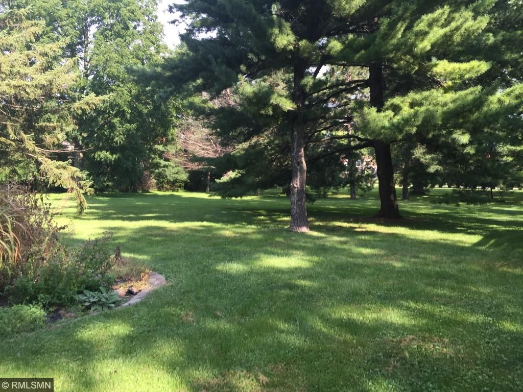 flat lot perfect for pool or tennis ct.