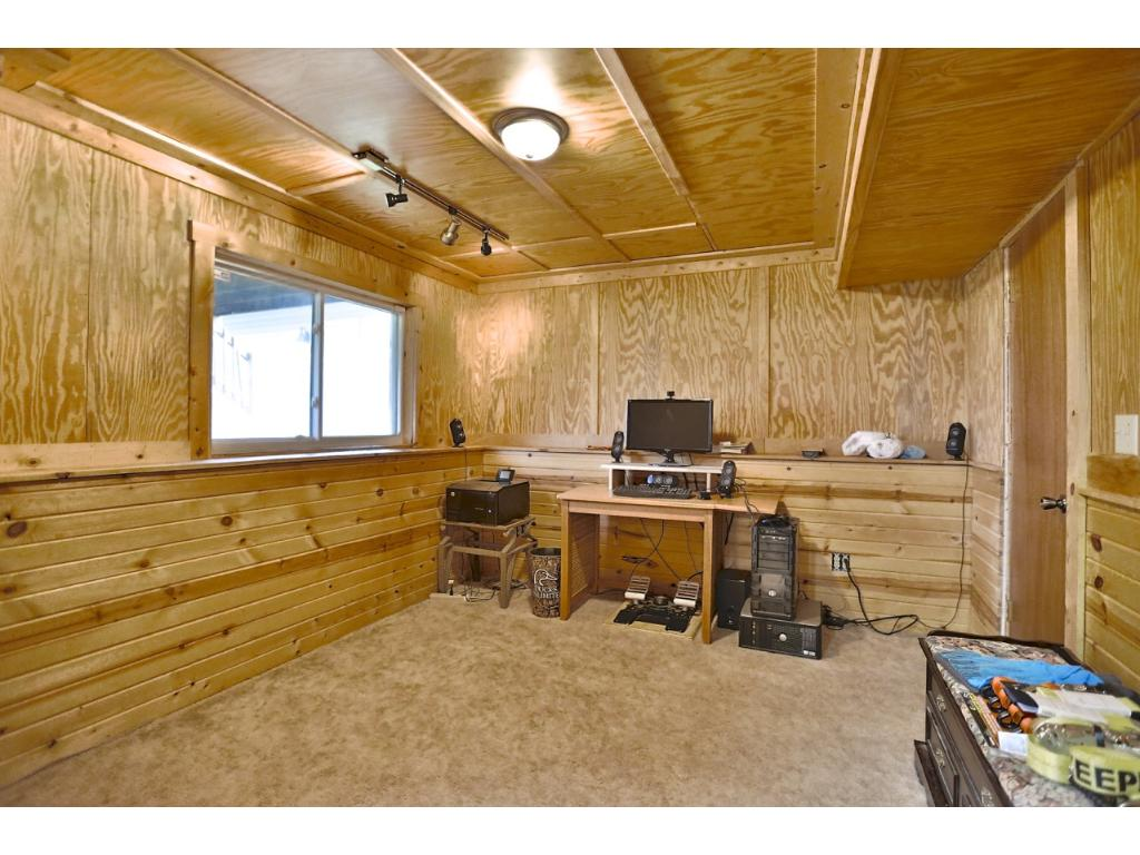 This could be a bedroom or used as a hobby room.