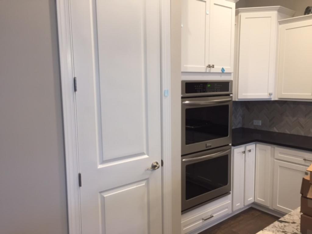 Double ovens make entertaining easy!