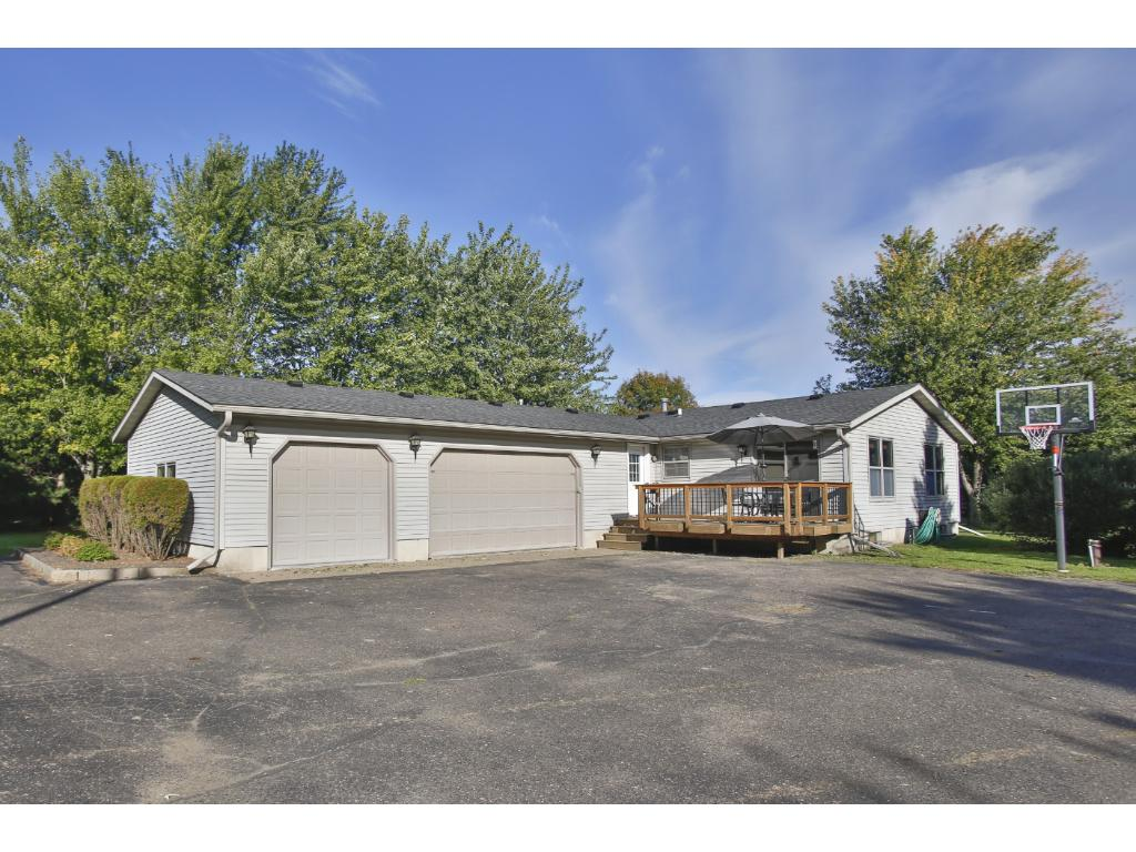Welome Home to 601 90th St, Hudson, WI!