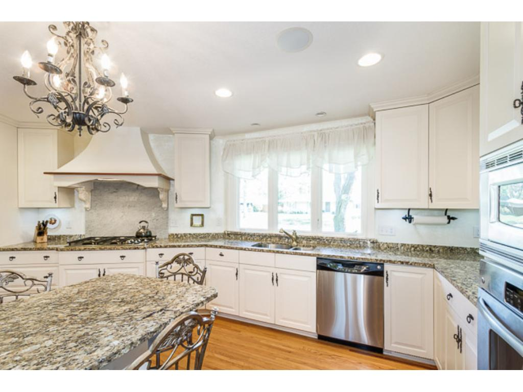 All of the kitchen remodel now complete - you get to enjoy!