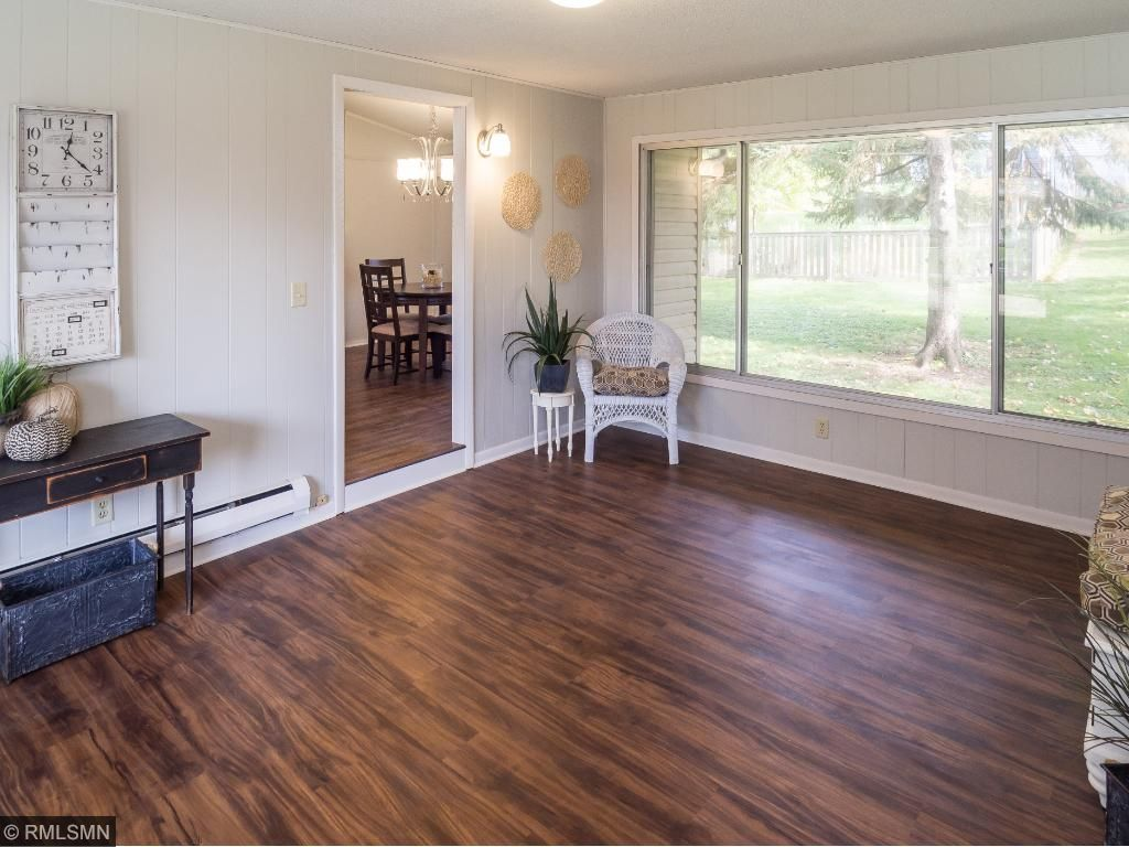 Spacious mudroom entry from the garage.