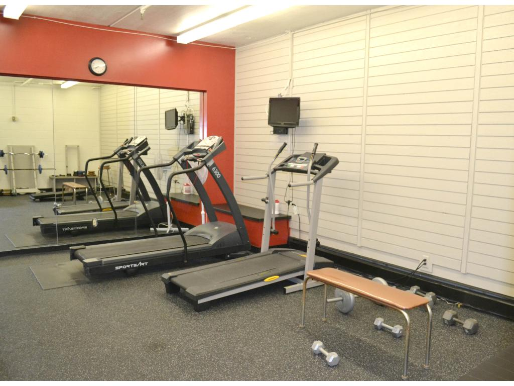 One of the exercise options - there isa larger fitness center next to the indoor tennis courts