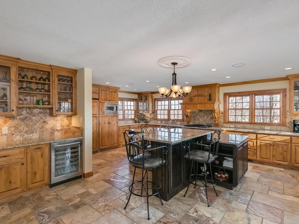 612 nelson road independence mn 55359 mls 4788242 edina realty
