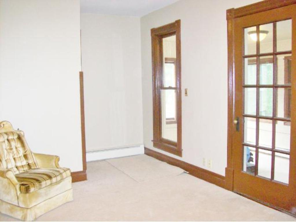 2nd level living room.