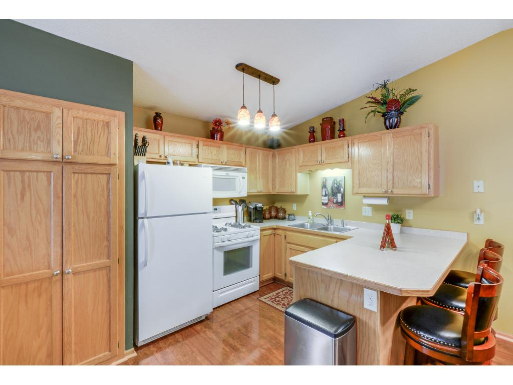 Great storage space in the kitchen! Enjoy preparing all your favorite meals!