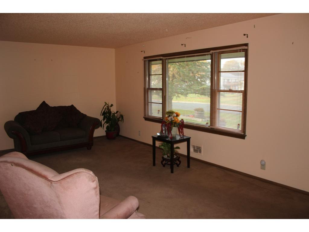 22x12 Living Room