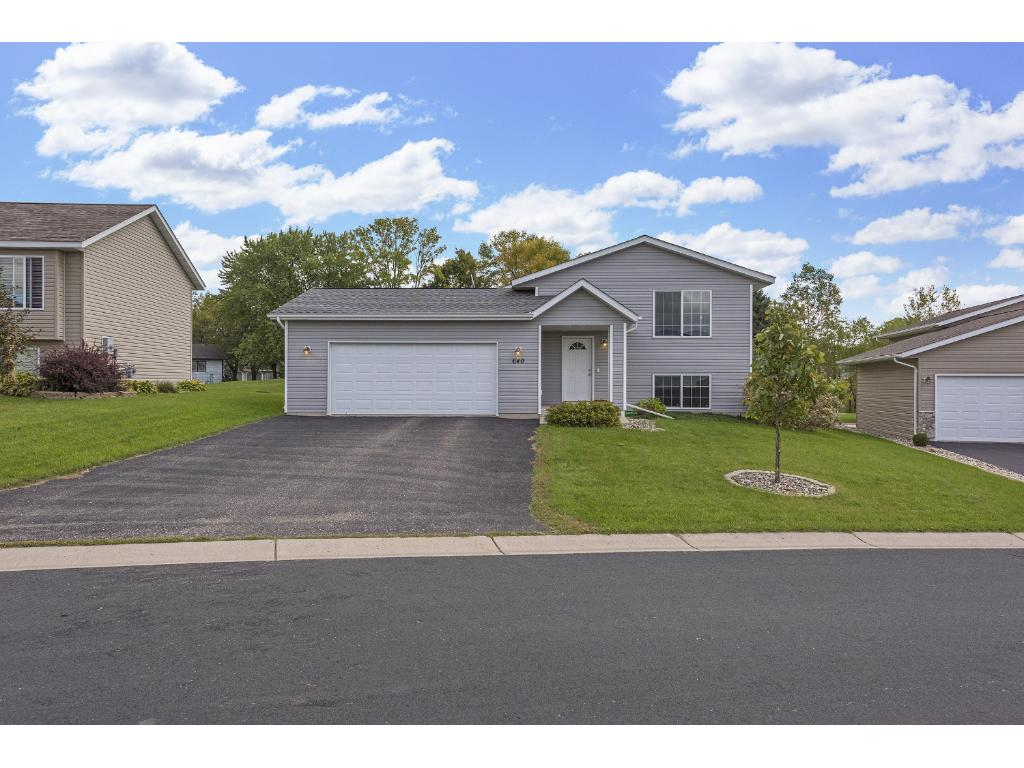 2008 Built Split Level home in NW Hutchinson. Near parks, schools, restaurants, golfing and the Crow River Country Club. This home has it all!