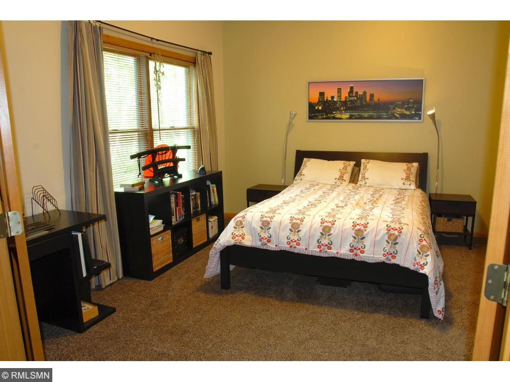 Large 5th bedroom LL