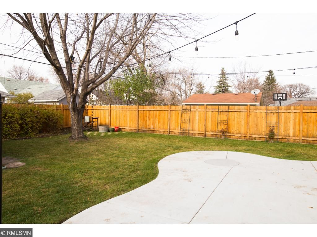 Large Patio - Great for Parties and Kids!