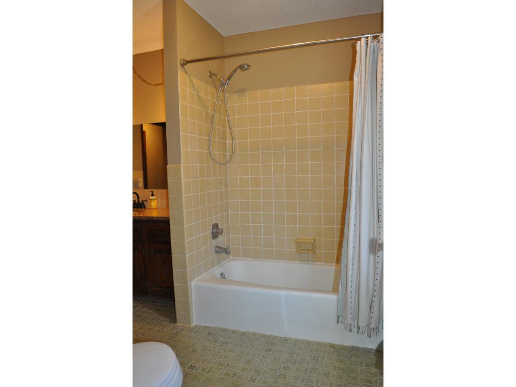 Tile enclosed tub/shower