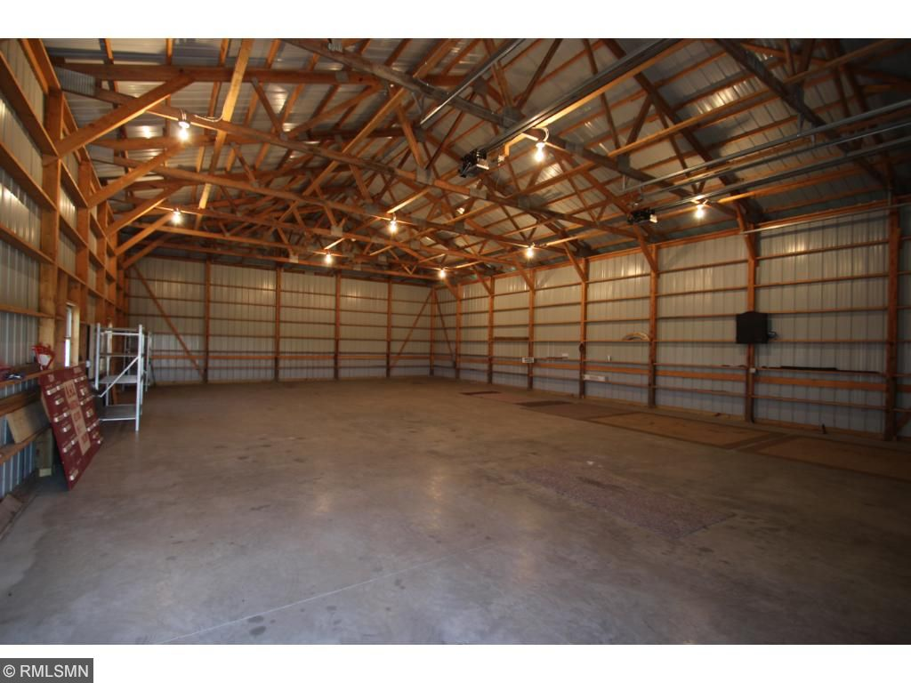 This property is ideal with a 40x60 pole building and blacktop driveway.